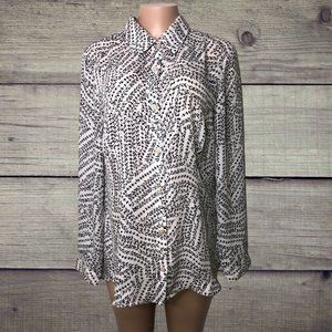 Cabi 3255 Split Back Button Up Top Blouse Size Med